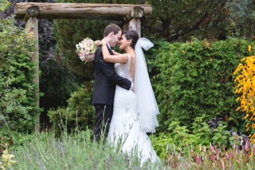 Wedding photography at Toronto Alexander Muir Park