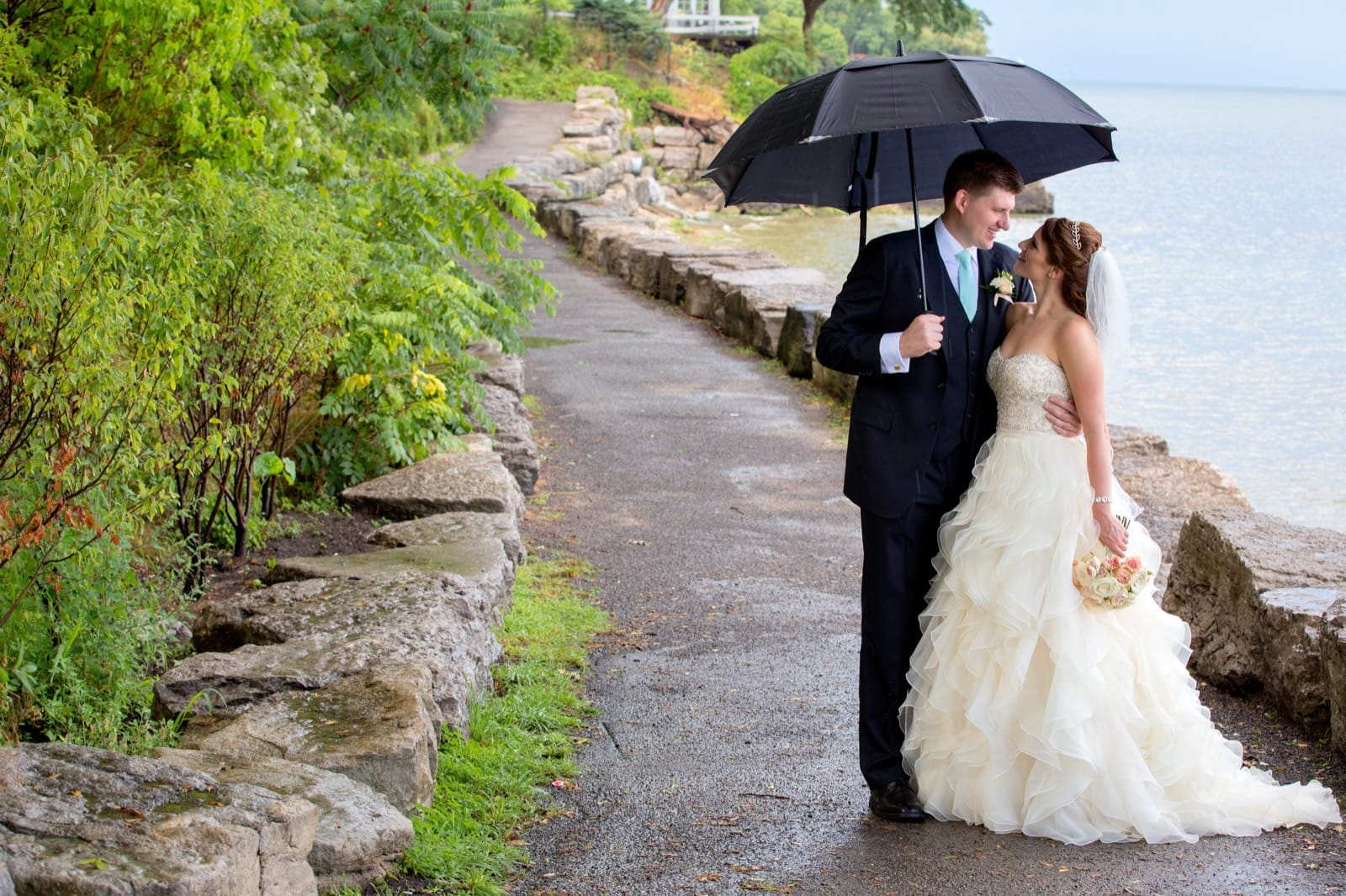 Oakville wedding photography on a rainy day